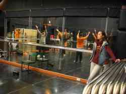 藝人舞思愛來莊敬指導演藝科戲劇舞蹈課程