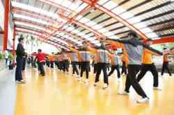 「八極少年」,演藝科學生八極拳訓練