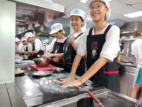 1081005泰山國中廚藝製作_191119_0007.jpg
