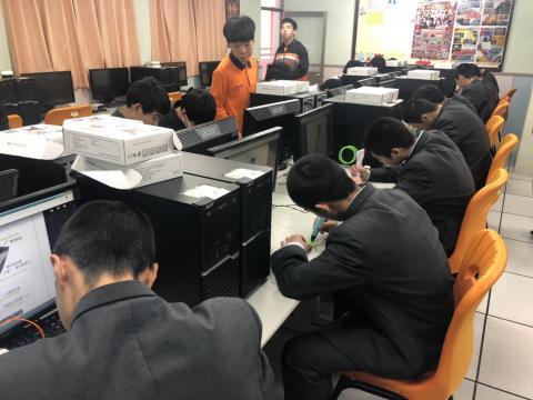 108.12.05日本鴻城高校體驗列印筆_191205_0017.jpg