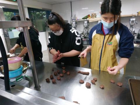 1090305錦和國中食品群_200317_0007.jpg