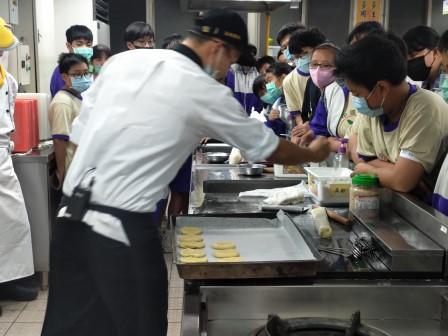 板橋國中β班 茶酥餅乾 寵物美容_201016_9.jpg