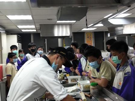板橋國中β班 茶酥餅乾 寵物美容_201016_15.jpg