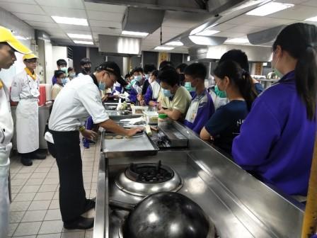 板橋國中β班 茶酥餅乾 寵物美容_201016_20.jpg