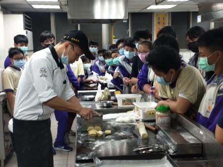 板橋國中β班 茶酥餅乾 寵物美容_201016_21.jpg