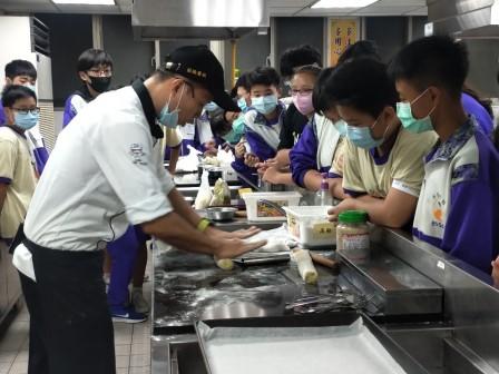 板橋國中β班 茶酥餅乾 寵物美容_201016_22.jpg
