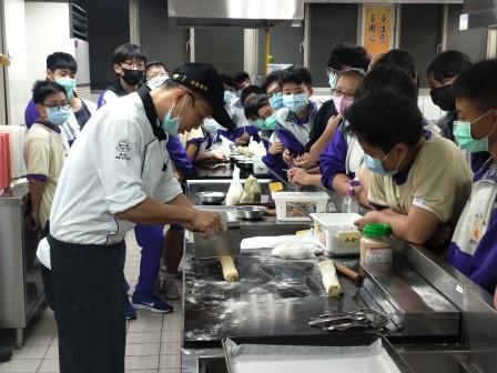 板橋國中β班 茶酥餅乾 寵物美容_201016_23.jpg