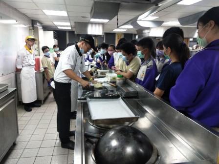 板橋國中β班 茶酥餅乾 寵物美容_201016_28.jpg
