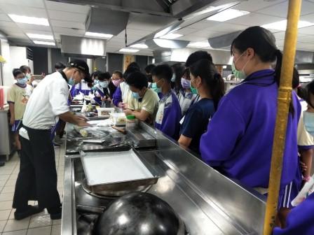 板橋國中β班 茶酥餅乾 寵物美容_201016_27.jpg