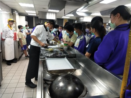 板橋國中β班 茶酥餅乾 寵物美容_201016_29.jpg