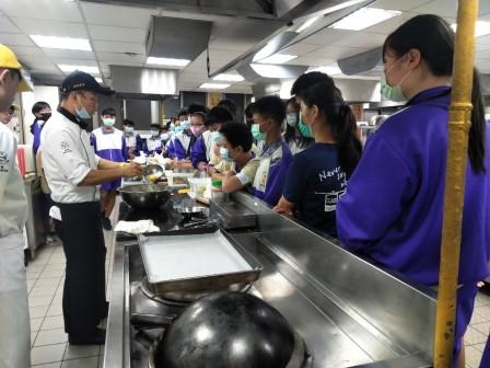 板橋國中β班 茶酥餅乾 寵物美容_201016_33.jpg