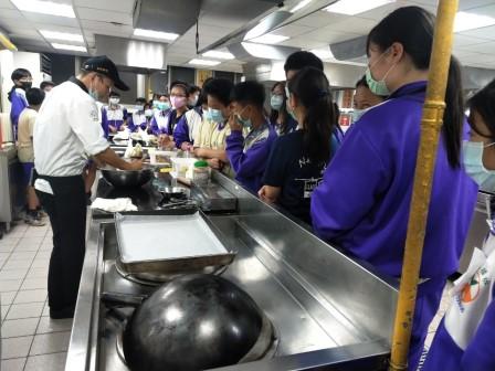 板橋國中β班 茶酥餅乾 寵物美容_201016_34.jpg
