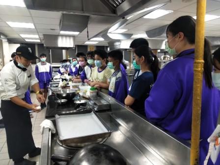 板橋國中β班 茶酥餅乾 寵物美容_201016_35.jpg