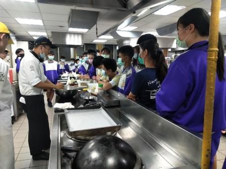 板橋國中β班 茶酥餅乾 寵物美容_201016_36.jpg