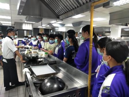 板橋國中β班 茶酥餅乾 寵物美容_201016_39.jpg