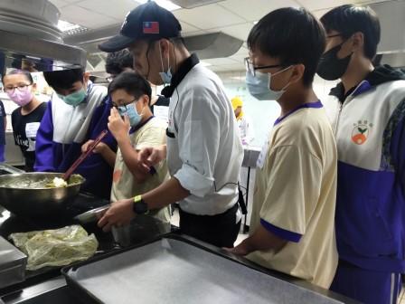 板橋國中β班 茶酥餅乾 寵物美容_201016_51.jpg