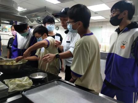 板橋國中β班 茶酥餅乾 寵物美容_201016_52.jpg