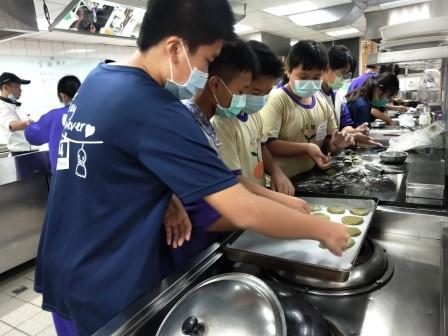 板橋國中β班 茶酥餅乾 寵物美容_201016_58.jpg