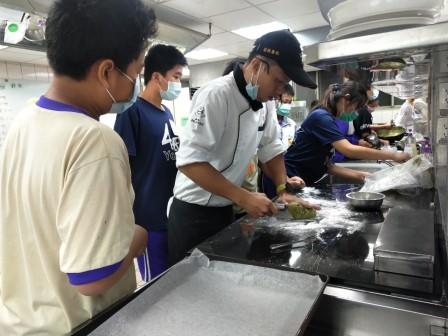 板橋國中β班 茶酥餅乾 寵物美容_201016_63.jpg