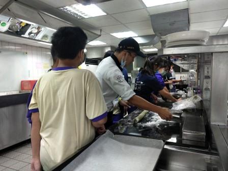 板橋國中β班 茶酥餅乾 寵物美容_201016_64.jpg
