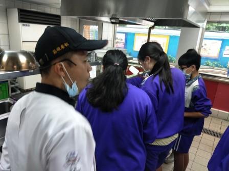 板橋國中β班 茶酥餅乾 寵物美容_201016_72.jpg
