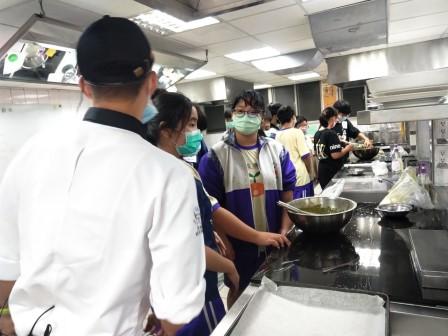 板橋國中β班 茶酥餅乾 寵物美容_201016_78.jpg