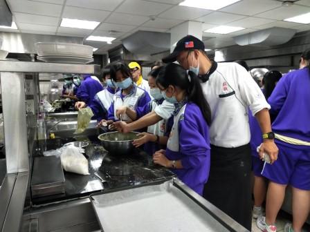 板橋國中β班 茶酥餅乾 寵物美容_201016_81.jpg