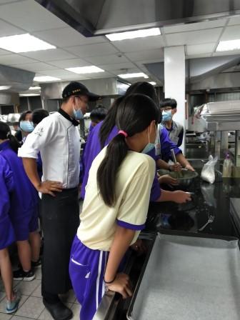 板橋國中β班 茶酥餅乾 寵物美容_201016_83.jpg