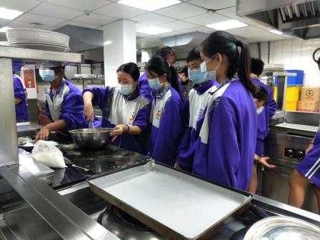 板橋國中β班 茶酥餅乾 寵物美容_201016_89.jpg