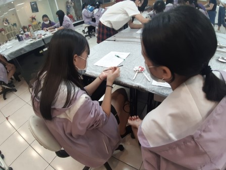 20201016漳和國中 A組 實作3美容科_201021_25.jpg