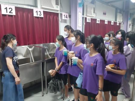 20201016漳和國中 A組 實作3美容科_201021_34.jpg