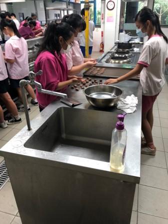 20201016福和國中809食尚玩家                 巧克力餅乾_201016_31.jpg