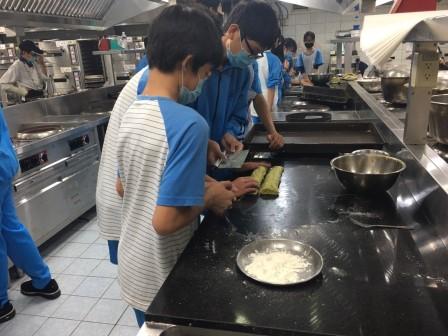1023新泰國中815_201030_15.jpg