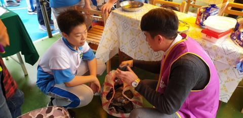 109.11.14信義國中校慶攤位_201130_6.jpg
