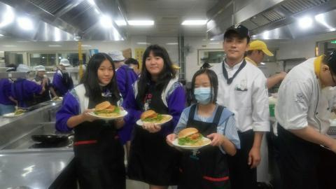 20201123板橋國中手工漢堡炸薯條_201127_4.jpg