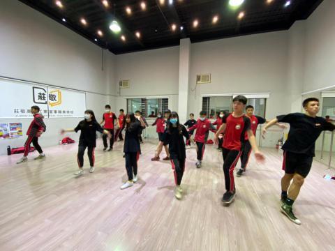 128 佳林國中 舞蹈_201209_18.jpg