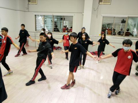 佳林國中 舞蹈 技藝班_201209_8.jpg
