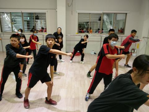佳林國中 舞蹈 技藝班_201209_16.jpg