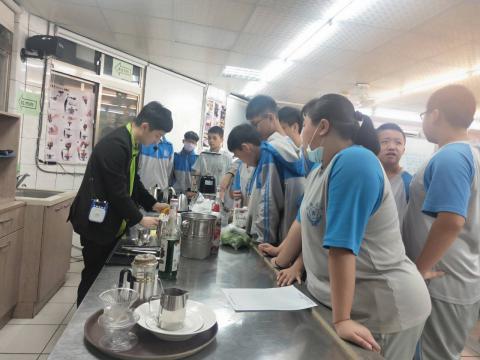 1091021明德國中餐旅群_201023_1.jpg