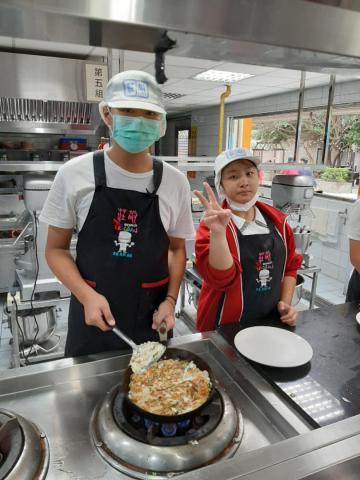 2020.11.05積穗專班 海鮮煎餅  涼拌小黃瓜_201222_2.jpg