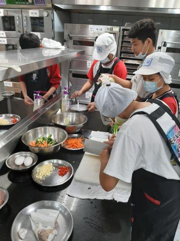 2020.11.05積穗專班 海鮮煎餅  涼拌小黃瓜_201222_6.jpg