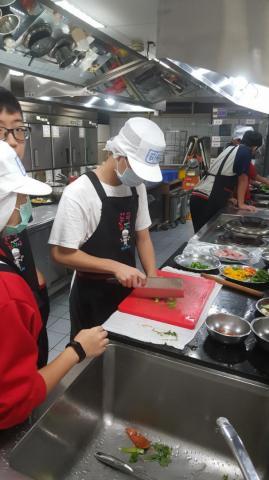 2020.10.22積穗專班。糖醋里肌 菜肉餛飩 翡翠蛋炒飯_201026_9.jpg