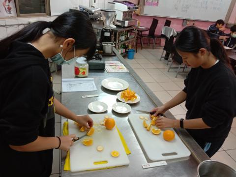 1091029雙溪國中餐旅_201216_1.jpg