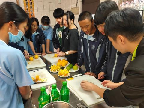 1090924雙溪國中餐旅_201006_10.jpg