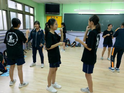 1127義學國中_201216_12.jpg