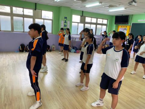 0911 義學國中_201006_10.jpg