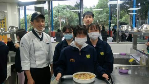 2020124焗烤奶油筆管麵玉米濃湯技藝班刀公會內初選_201207_1 (1).jpg