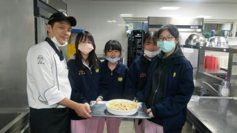 2020124焗烤奶油筆管麵玉米濃湯技藝班刀公會內初選_201207_0.jpg
