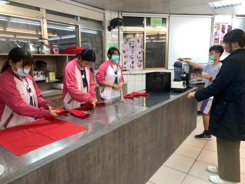 1127樹林餐服初選_201207_5.jpg