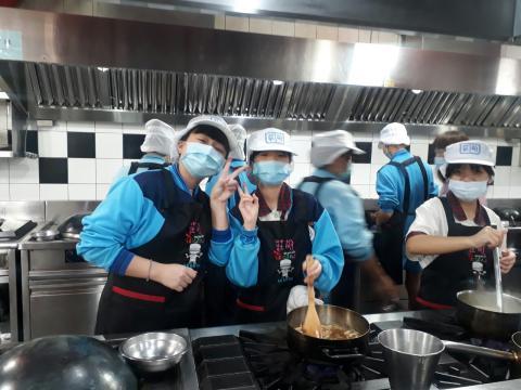 109.10.30尖山國中甲班_201216_12.jpg
